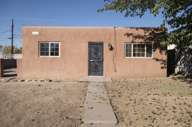 7513 Prospect Avenue NE, Albuquerque, NM 87110 (MLS #932459) :: The Stratmoen & Mesch Team