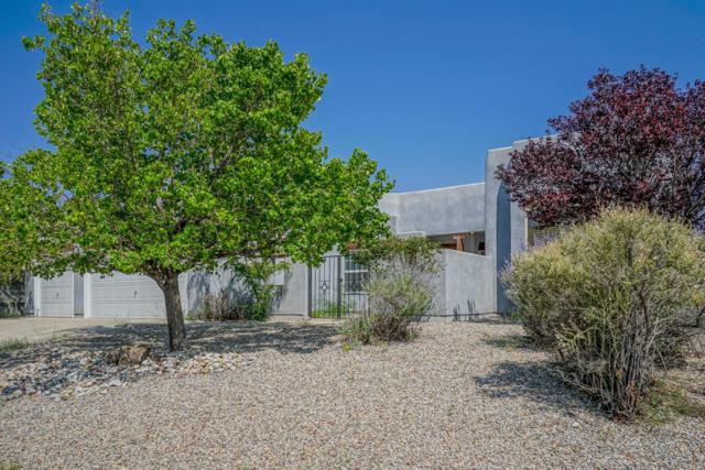 4808 Cabot Hills Court NE, Rio Rancho, NM 87144 (MLS #932621) :: The Bigelow Team / Realty One of New Mexico