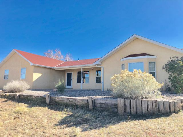 15 Camino Derecho, Edgewood, NM 87015 (MLS #932628) :: Campbell & Campbell Real Estate Services