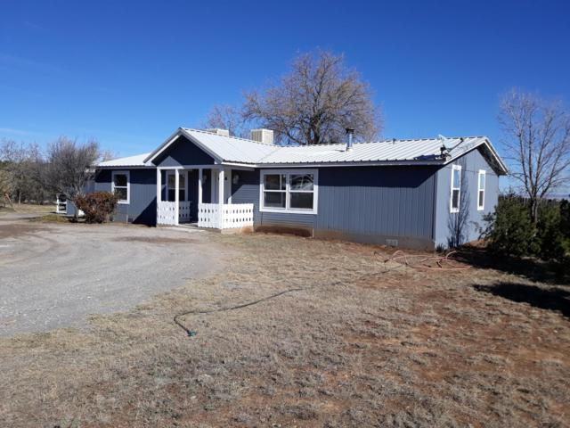 17 Calle Encantada, Edgewood, NM 87015 (MLS #932654) :: Campbell & Campbell Real Estate Services