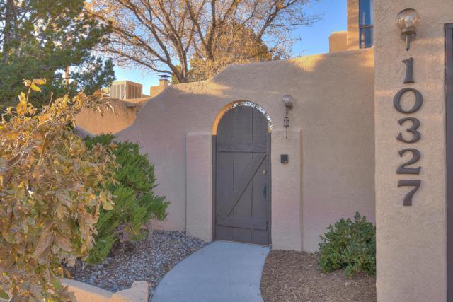 10327 Cueva Del Oso, Albuquerque, NM 87111 (MLS #932701) :: The Bigelow Team / Realty One of New Mexico