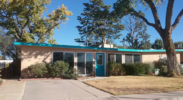 9121 Matthew Avenue NE, Albuquerque, NM 87112 (MLS #932714) :: The Stratmoen & Mesch Team