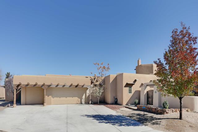 4700 Quaker Heights Place NW, Albuquerque, NM 87120 (MLS #932796) :: The Bigelow Team / Realty One of New Mexico
