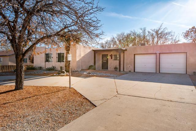 4710 El Hachero Court SE, Rio Rancho, NM 87124 (MLS #932858) :: The Bigelow Team / Realty One of New Mexico