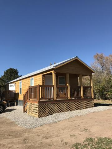 1504 Bessie Street, Aztec, NM 87410 (MLS #932873) :: The Bigelow Team / Realty One of New Mexico