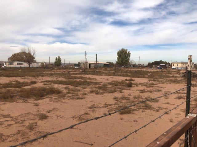 17 San Juan Road, Veguita, NM 87062 (MLS #932875) :: The Bigelow Team / Realty One of New Mexico