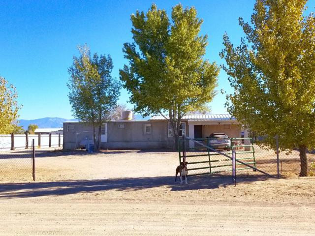 15 Carmel Road, Los Lunas, NM 87031 (MLS #932989) :: Campbell & Campbell Real Estate Services