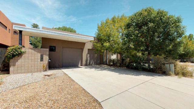 1507 San Patricio Avenue SW, Albuquerque, NM 87104 (MLS #933043) :: The Stratmoen & Mesch Team