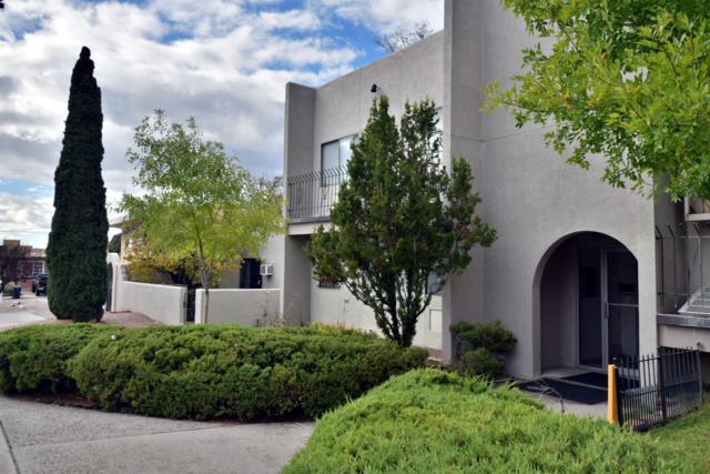 200 Hermosa Drive, Albuquerque, NM 87108 (MLS #933102) :: The Stratmoen & Mesch Team