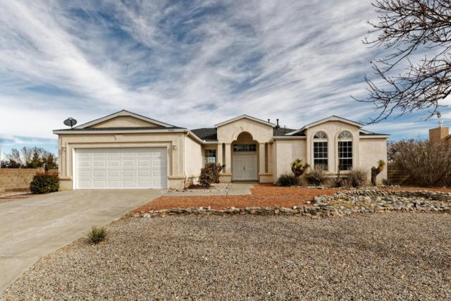 2889 Pine Forest Drive SE, Rio Rancho, NM 87124 (MLS #933249) :: The Bigelow Team / Realty One of New Mexico