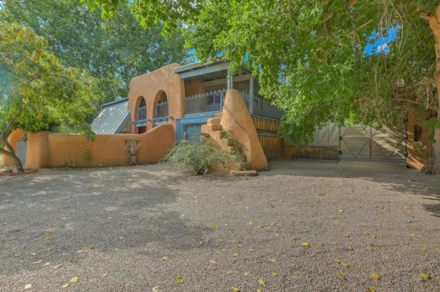 221 Camino Del Oro, Corrales, NM 87048 (MLS #933582) :: Campbell & Campbell Real Estate Services