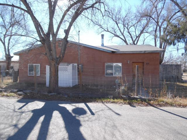 811 Carrasco Lane, Los Lunas, NM 87031 (MLS #934015) :: Campbell & Campbell Real Estate Services