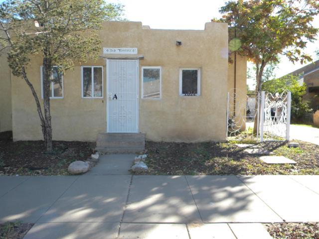 1314 Los Tomases Drive NW, Albuquerque, NM 87102 (MLS #934028) :: The Stratmoen & Mesch Team