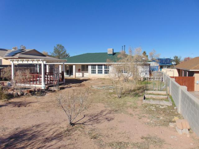 6968 Albany Hills Drive NE, Rio Rancho, NM 87144 (MLS #934095) :: Campbell & Campbell Real Estate Services