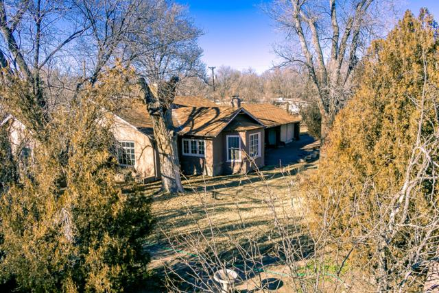 7301 Guadalupe Trail NW, Los Ranchos, NM 87107 (MLS #934163) :: The Bigelow Team / Realty One of New Mexico