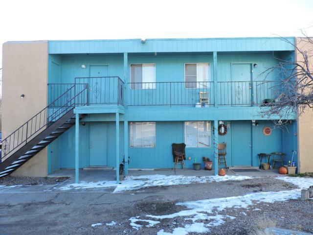 3509 Tyson Place NE, Albuquerque, NM 87107 (MLS #934764) :: Silesha & Company