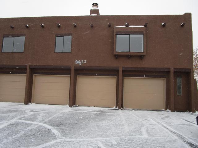 5801 Lowell Street NE 23D, Albuquerque, NM 87111 (MLS #935001) :: The Stratmoen & Mesch Team