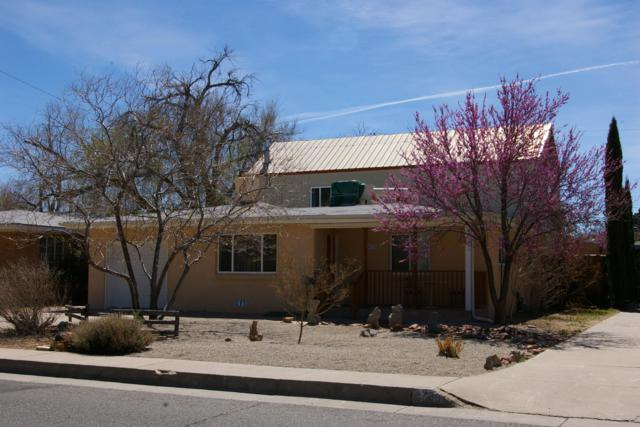 4732 Trumbull Avenue SE, Albuquerque, NM 87108 (MLS #935526) :: Campbell & Campbell Real Estate Services
