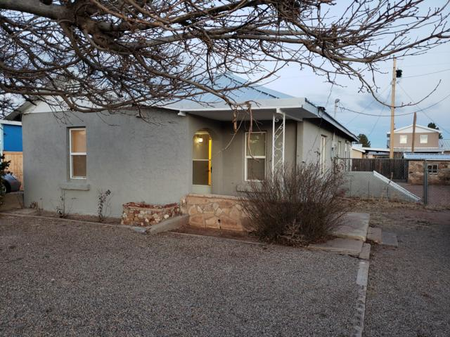 332 River Road Road, Santa Rosa, NM 88435 (MLS #935527) :: The Stratmoen & Mesch Team