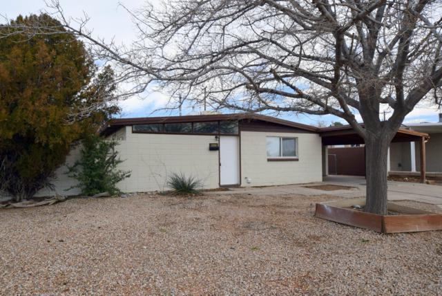 3200 Montclaire Drive NE, Albuquerque, NM 87110 (MLS #935574) :: Campbell & Campbell Real Estate Services