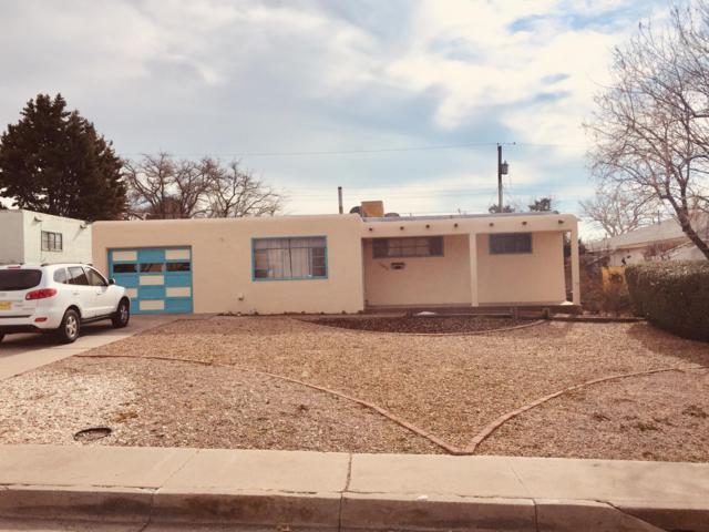 11206 Brentwood Hills Boulevard NE, Albuquerque, NM 87112 (MLS #935675) :: The Stratmoen & Mesch Team