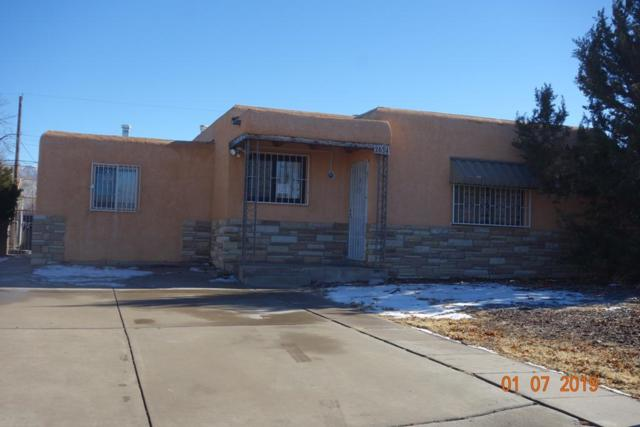 2634 Graceland Drive NE, Albuquerque, NM 87110 (MLS #935701) :: Campbell & Campbell Real Estate Services