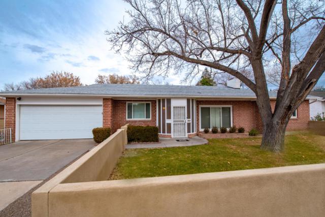 1525 San Carlos Road SW, Albuquerque, NM 87104 (MLS #935707) :: Silesha & Company