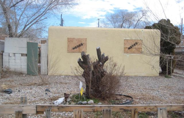 424-426 Rhode Island Street SE, Albuquerque, NM 87108 (MLS #935771) :: Campbell & Campbell Real Estate Services