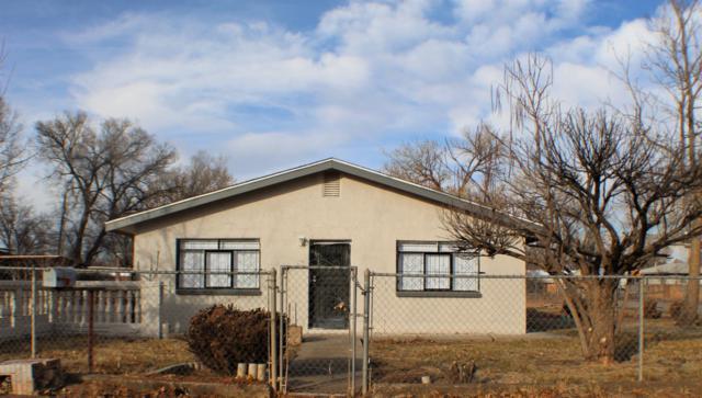1001 Bonito Road SW, Albuquerque, NM 87105 (MLS #935791) :: The Stratmoen & Mesch Team