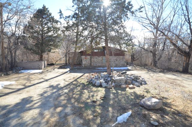 31 Knight Lane SE, Albuquerque, NM 87123 (MLS #935874) :: Campbell & Campbell Real Estate Services