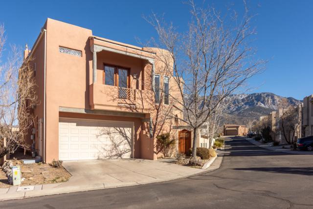 6301 Calla Lily Circle NE, Albuquerque, NM 87111 (MLS #936222) :: Your Casa Team
