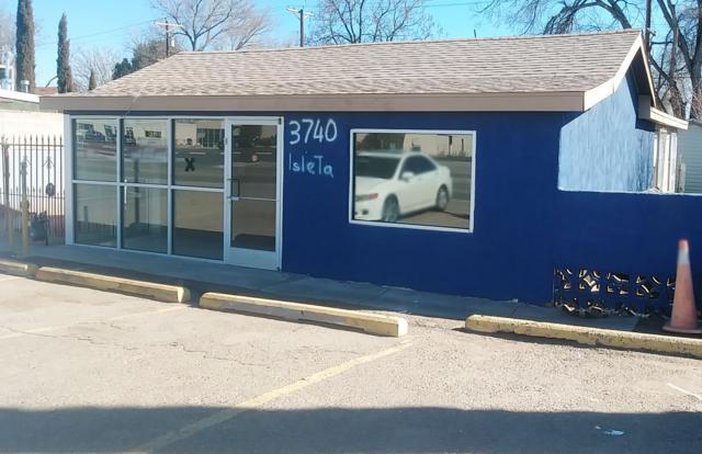3740 Isleta Boulevard SW, Albuquerque, NM 87105 (MLS #936422) :: The Bigelow Team / Realty One of New Mexico