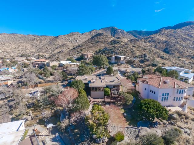 4409 Skyline Court NE, Albuquerque, NM 87111 (MLS #936516) :: Campbell & Campbell Real Estate Services