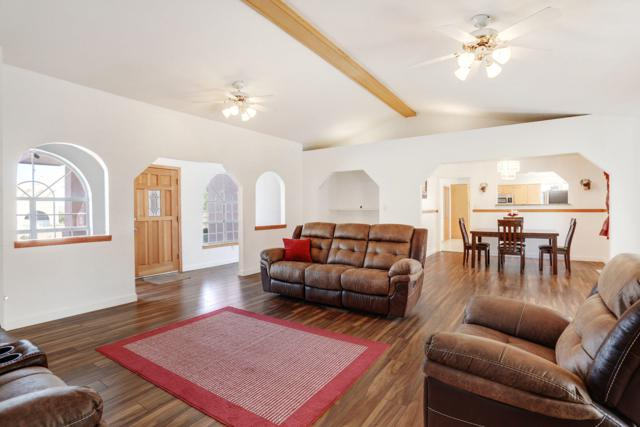 6829 Tamarisk Place NW, Albuquerque, NM 87120 (MLS #936622) :: Campbell & Campbell Real Estate Services