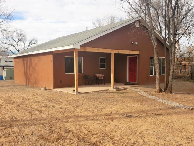 357 Guadalupe Lane, Corrales, NM 87048 (MLS #936989) :: Campbell & Campbell Real Estate Services