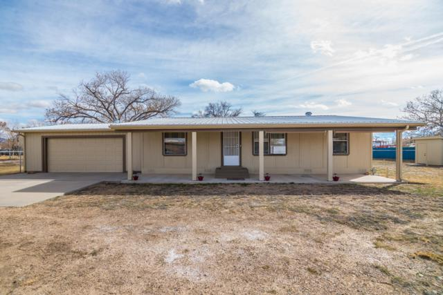 2 Tiara Lane, Belen, NM 87002 (MLS #937048) :: Campbell & Campbell Real Estate Services