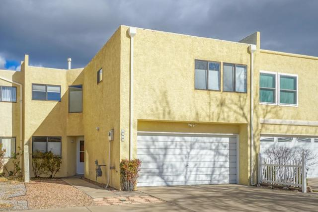 5408 Overlook Drive, Albuquerque, NM 87111 (MLS #937625) :: Campbell & Campbell Real Estate Services