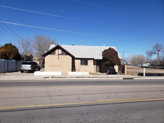 1107 Isleta Boulevard SW, Albuquerque, NM 87105 (MLS #937766) :: Campbell & Campbell Real Estate Services