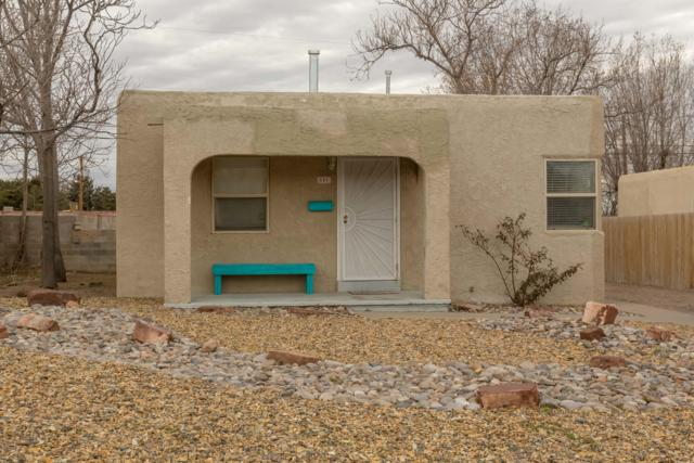801 Princeton Drive SE, Albuquerque, NM 87106 (MLS #937874) :: The Bigelow Team / Realty One of New Mexico