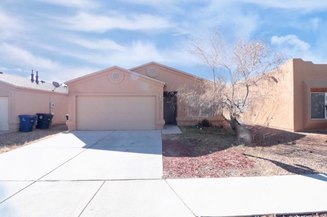 8428 Mesa Springs Avenue SW, Albuquerque, NM 87121 (MLS #937877) :: Silesha & Company