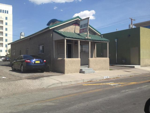 710 6Th Street NW, Albuquerque, NM 87102 (MLS #937945) :: Campbell & Campbell Real Estate Services