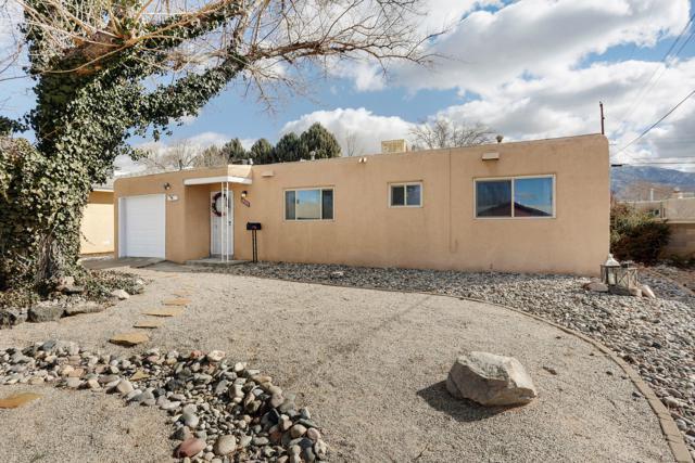 10320 Betts Drive NE, Albuquerque, NM 87112 (MLS #937963) :: Your Casa Team