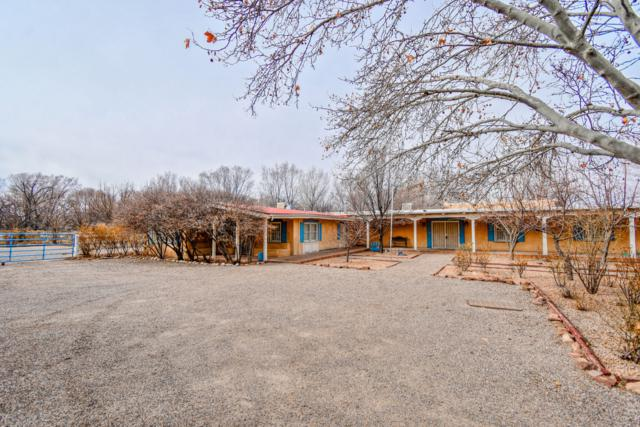 602 Montano Road NW, Albuquerque, NM 87107 (MLS #938165) :: Campbell & Campbell Real Estate Services