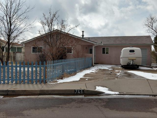 741 Jewel Place NE, Albuquerque, NM 87123 (MLS #938210) :: Campbell & Campbell Real Estate Services