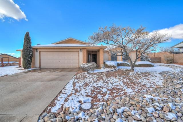 6680 Shenandoah River Court NE, Rio Rancho, NM 87144 (MLS #938274) :: The Bigelow Team / Realty One of New Mexico