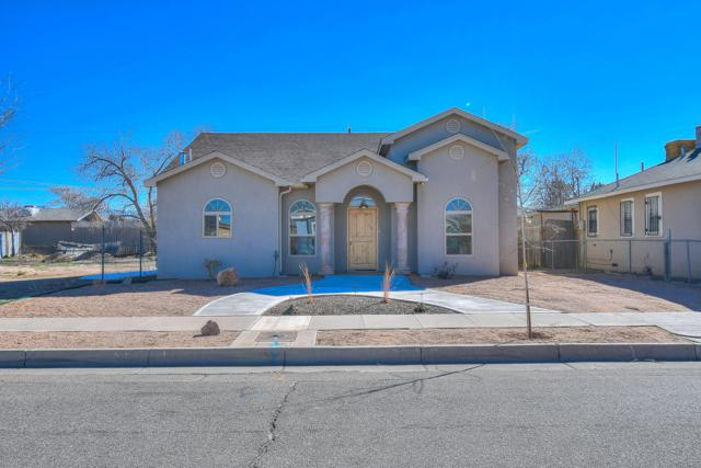 1250 7Th Street NW, Albuquerque, NM 87102 (MLS #938359) :: Campbell & Campbell Real Estate Services