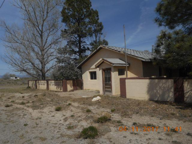 107 8Th Street, Willard, NM 87063 (MLS #938384) :: Campbell & Campbell Real Estate Services