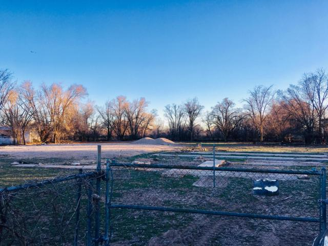 2326 Pajarito Road SW, Albuquerque, NM 87105 (MLS #938411) :: The Bigelow Team / Realty One of New Mexico