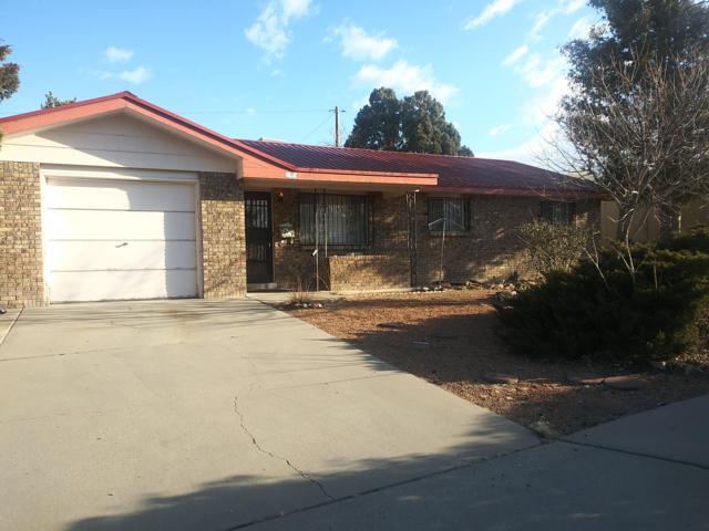 8719 Gutierrez Road NE, Albuquerque, NM 87111 (MLS #938648) :: Campbell & Campbell Real Estate Services