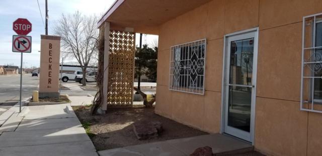101 6Th Street, Belen, NM 87002 (MLS #938863) :: Silesha & Company